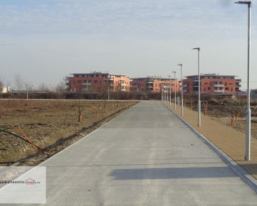 K&R CARPATIA-real * TOP PONUKA *   Stavebný pozemok - 515 m2 -  v novej lokalite - Monarská Alej II.