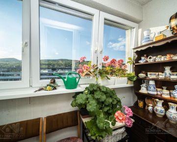 Uzite si krásny výhľad z bytu v Rači