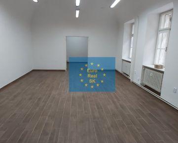 Na prenájom  Košice-centrum nebytový priestor vo výmere 56,60 m2 na prízemí