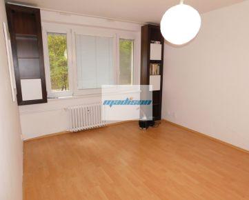 Tichý 2-izbový byt v peknej lokalite - Kramáre - predajom voľný - znížená cena - volajte 0917 346296