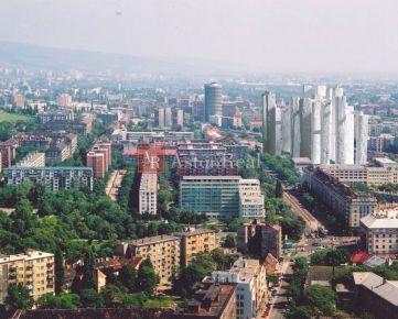 Hľadám pre nášho klienta 2-izbový byt Bratislava - Nové Mesto