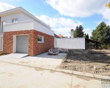 To najlepšie nakoniec! Rodinný dom s investičným pozemkom!