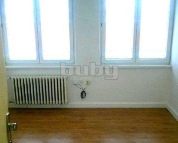 Prenájom Kancelárske priestory 8 m2, 9 m2, 14 m2, 21 m2 Žilina
