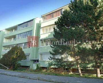 Hľadáme pre klienta na kúpu 1-izbový byt Rača, PLATBA HOTOVOSŤ