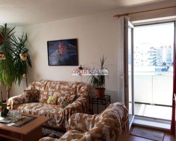 ARCUS REAL s.r.o. ponúka priestranný 3- izb. byt s veľkou loggiou v novostavbe v tichom prostredí pri Vrakunskom lesíku, Podunajská ul.