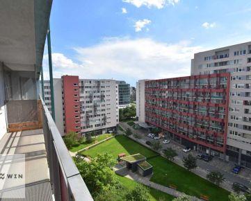 Prenájom 2 izbový byt, 60 m2, loggia, parkovacie státie, Tomášikova ulica, Koloseo
