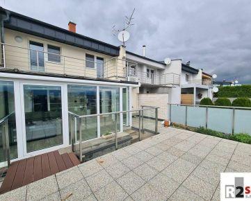 Predáme radový rodinný dom 4+kk, 250 m², Žilina - Hájik, R2 SK.