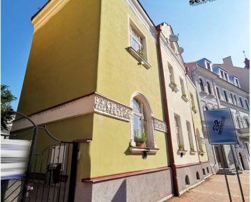 INVESTIČNÝ ZÁMER - HISTORICKÝ DOM PRIAME CENTRUM MESTA Banská Bystrica