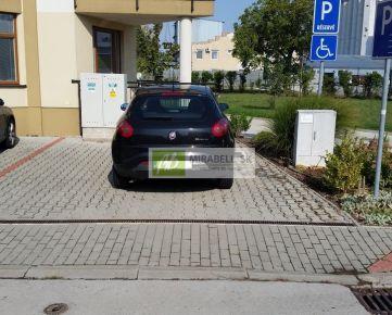 Parkovacie miesto v Podunajských Biskupiciach - Perličková ul., 21 m2