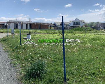 GARANT REAL predaj stavebný pozemok 1450 m2/ 700 m2, všetky IS, Prešov, Nižná Šebastová