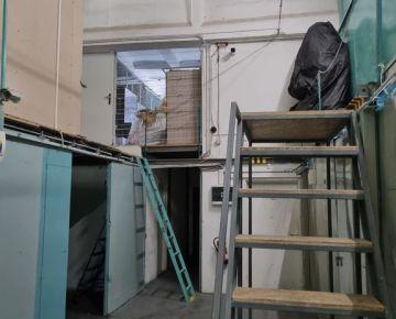 Sklad 10 m2 v stráženom areáli Stará Vajnorská