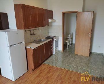 Prenájom 2-izb. bytu v centre mesta Galanta + terasa (24m2) + parkovacie miesto