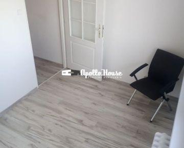 Predávame útulný, zrekonštruovaný 2 izbový byt v Petržalke na Jankolovej ulici, blízko prírody.
