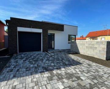 Moderný dom v obci Vrakúň