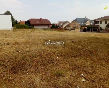 HALO REALITY - Predaj, pozemok pre rodinný dom 973 m2 Trnava
