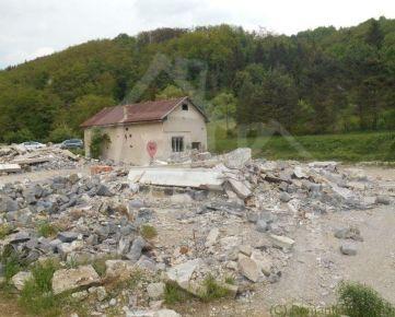 Dom vhodný na chalupu na kraji dediny