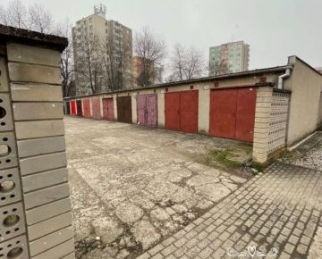 Na predaj garáž s jamou a elektrikou v Trečíne časť Pred poľom.