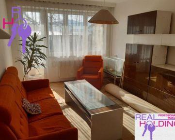 3 izbový byt, 72m2 + 2 balkóny, 2x pivnica.Tichá lokalita plná zelene.