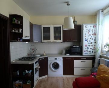 Predaj zariadený 1 izbový byt, Nobelova ulica, BA III Nové Mesto