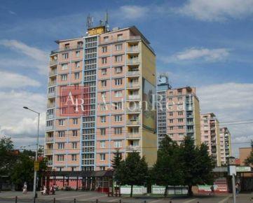 HĽADÁME pre klienta 3-izbový byt po rekonštrukcii v Banskej Bystrici