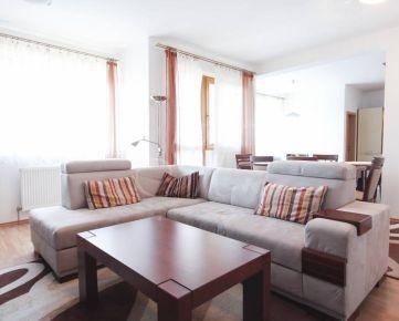 Priestranný 3i byt s balkónom v Ružinove na prenájom