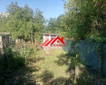 Kuchárek-real: predám pozemok v Pezinku  608m2.