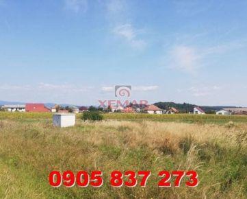Na predaj  posledné 3 slnečné  stavebné pozemky v obci Kalinovo