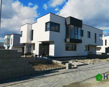 *** Ponúkame na predaj skolaudovaný 4.izbový byt o rozlohe 97,1m2 na pozemku 240m2 v rodinnom dome ktorý bude dokončený k nasťahovaniu už vo februári ***