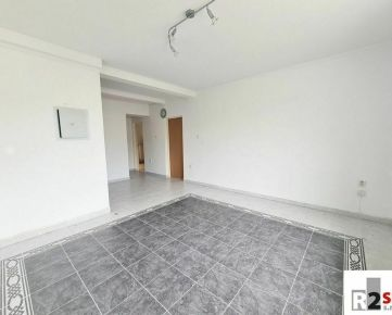 Predáme byt + podkrovie 205 m² so stavebným povolením na 3+kk, Žilina - Centrum,  V. Spanyola, R2 SK
