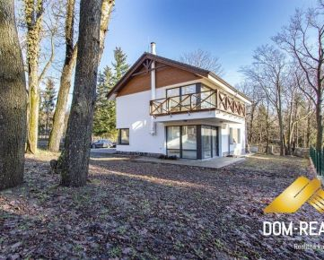 DOM-REALÍT ponúka 5 izbový dom v krásnom prostredí Modra-Harmónia