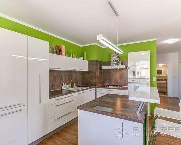 360° VIRTUÁLNA PREHLIADKA::  3-izb. byt, NOVOSTAVBA, balkón, parkovanie, BA IV., Dúbravka