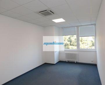 Tiché príjemné kancelárske priestory (7 miestností) vo výbornej lokalite