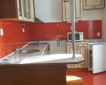 MAXFIN REAL prenajmeme 2 izbový byt v centre mesta Stavbárska ul.