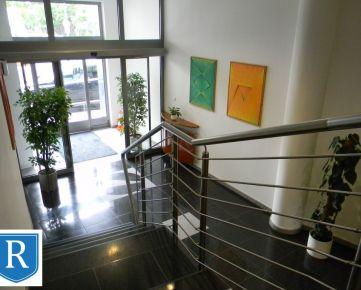 IMPREAL »»»  Staré Mesto »»  Kancelárske priestory, celé jedno podlažie v administratívnej budove ( 333,6 m3 ) » cena - 2.969,- EUR / 8,90,- EUR m2