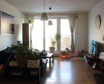 Na predaj veľký 2 izbový byt v novostavbe na Budatínskej ulici v Petržalke