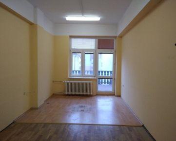 Lion finance prenajme kanceláriu v centre Trnavy- Hviezdoslavova ul.