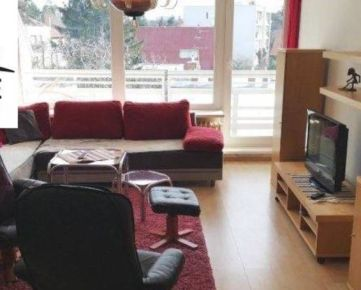 Prenájom 4 izbový byt Bratislava - Staré Mesto, Tichá ulica