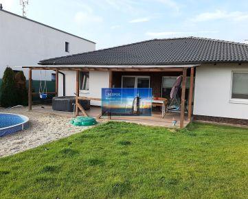 RD v obci Miloslavov, UP 145 m2, pozemok 601 m2, garáž, bazén, jazierko
