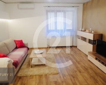 Prenájom 3 izbový byt s garážou Nitra, pri nemocnici