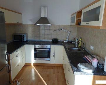 Prenájom 1 izbový byt, novostavba Rustica, Saratovská, zariadený, garáž, Dúbravka