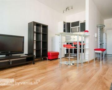 TOMÁŠIKOVA, 1,5-i byt, 44 m2 - TEHLOVÁ NOVOSTAVBA, tichá orientácia bytu, FRESH MARKET, Kuchajda