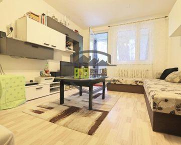 REZERVOVANÝ - LEN U NÁS - Pekný 1i byt v Dúbravke vo veľmi tichej a vyhľadávanej lokalite