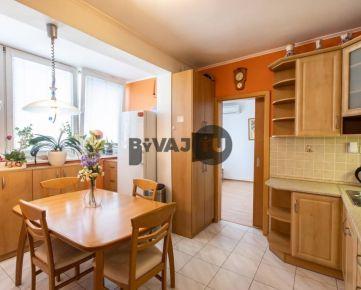 P R E D A J - 3 izbového bytu s klimatizáciou v Dúbravke