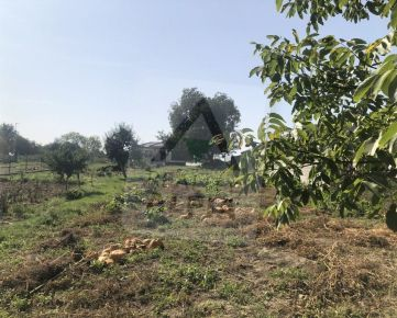 Pozemok na predaj s rozlohou 770m2,v obci Horná Krupá
