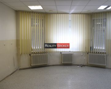 REALITY BROKER ponúka na prenájom časť rodinného domu v centre mesta Senec