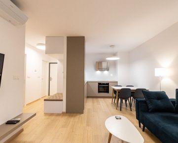 Ponúkame EXKLUZÍVNE na prenájom 2-izbový byt s krásnym výhľadom do parku v projekte Urban Residence.