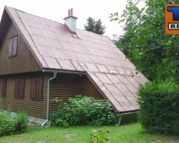 Murovaná chata s dreveným obložením v malebnej lokalite Krkavec, nad Limbachom na predaj, 118 m2. CENA: 75 000,00 EUR