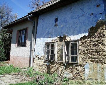 Kopaničiarska hlinená chalupa a tehlový dom v Bielych Karpatoch Nová Bošáca na predaj
