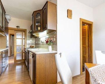 *REZERVOVANÝ* 4-izbový byt,Sídlisko III-Prešov,73m2,logia