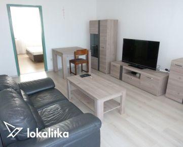 NA PRENÁJOM: 4-izbový byt, na začiatku Petržalky - ulica  A. Gwerkovej